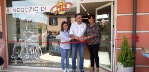 Nuovo negozio di cibo per cani e gatti a Santa Maria Nuova