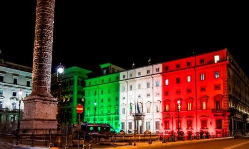 18/03/2020 Roma, Palazzo Chigi illuminato con il Tricolore Italiano